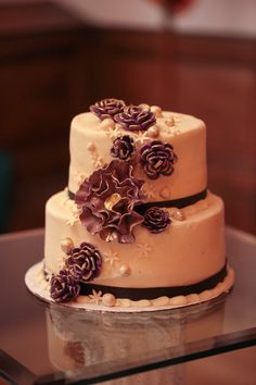 small two tier rustic fall wedding cake