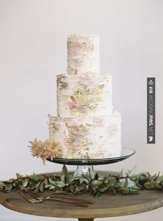 Awesome! - floral tiered cake | CHECK OUT MORE IDEAS AT WEDDINGPINS.NET | #weddings #cakes #weddingcakes #weddingfood #baking #events #forweddings #ilovecakes #romance #beauty #planners #food #foodies #sweets