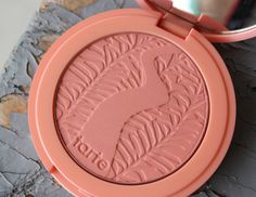 tarte Amazonian Clay 12 hour blush in Captivating- Described as a warm peach blush,this shade makes you looked fresh faced and glowy,even tho it is a matte formula.