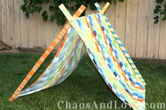 DIY Tent for Kids   chaosandlove.com #crafts #summer #mondayfundayparty