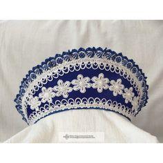 Kék párta. magyar párta Jewelry, Fashion, Baby Dolls, Ethnic Dress, Hair Bows, Suits, Moda, Jewlery, Jewerly