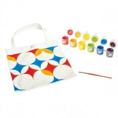 Paint your own tote using a patterned cotton bag and 6 pretty colors. Origami, Hape Toys, Eco Kids, Crafts For Kids, Arts And Crafts, Building For Kids, Tote Pattern, Wooden Puzzles, Tampons
