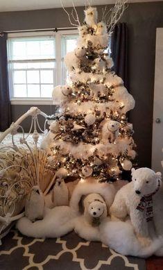 best white Christmas decor with polar bear and owls. #christmasdecor #whitechristmas