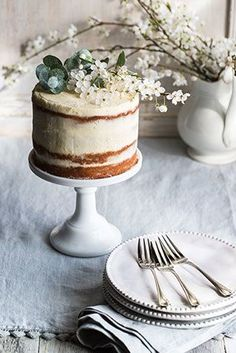 Recipe | Lemon Curd & Mascarpone Cake - beautiful styling ideas