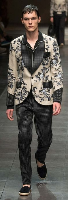 #Farbbberatung #Stilberatung #Farbenreich mit www.farben-reich.com Dolce & Gabbana Spring 2016 Menswear