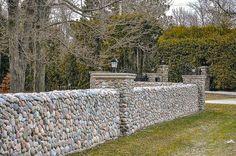 забор из камня цена