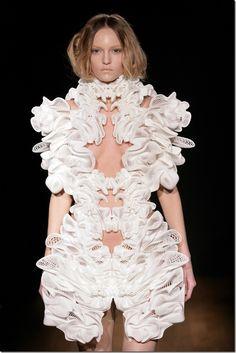 Iris Van Herpen Couture-Escapism