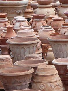 Terracotta, Italy