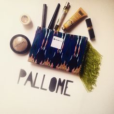 Don't know how to use your PALLOME tote pocket ? We have the solution ...