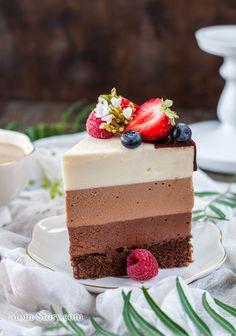 """Торт три шоколада пошаговый рецепт с фотографиями. Подробный рецепт торта """"Три шоколада"""" Муссовый шоколадный торт на день рождение. Как приготовить муссовый торт"""