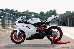 Ducati 848 Sports Bike wallpapers Wallpapers) – Wallpapers For Desktop Motorcycle Wheels, Motorcycle Design, Bike Design, Ducati Motorcycles, Vintage Motorcycles, Ducati 848 Evo, Custom Street Bikes, Custom Bikes, Custom Cafe Racer