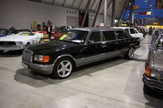 Mercedes W126 strech by Andy_BB, via Flickr