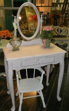 Items similar to Sweet Little Girl's Vanity on Etsy Little Girl Vanity, Girls Vanity, Pink Vanity, Vintage Vanity, Little Girl Rooms, Refurbished Furniture, Vintage Furniture, Painted Furniture, Home Design
