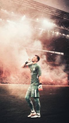 My favorite person is Muslera New York Wallpaper, Black Wallpaper Iphone, Free Phone Wallpaper, Friends Wallpaper, Neon Wallpaper, Black Wallpapers Tumblr, Sports Wallpapers, Celebrity Wallpapers, Cute Wallpapers