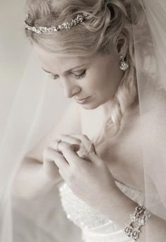 Bridal Jewellery - by Jeanette Maree www.jeanettemaree.com/