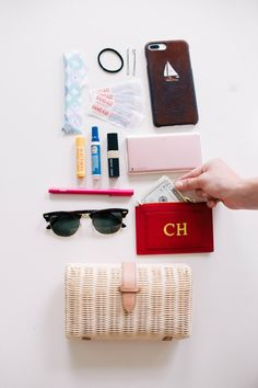 What's In My Bag x 5 - The College Prepster