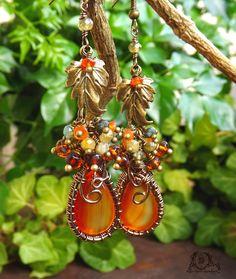 Boucles wire wrapping émeraude, Cornaline, Grenat vert, Agate cornaline, feuilles: ᘛ Murmures d'automnes ᘚ : Boucles d'oreille par atelier-bijoux-legendaires