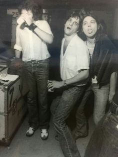 Don Henley, Glenn Frey and Timothy B. Schmit goofing off. Eagles Lyrics, Eagles Band, Great Bands, Cool Bands, History Of The Eagles, Randy Meisner, Glenn Frey, Hometown Heroes, Steve Perry