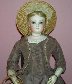 Gorgeous French Fashion doll