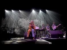 Roisin Murphy - Tell Everybody - Live BRUSSELS 2008 FOREST NATIONAL - YouTube