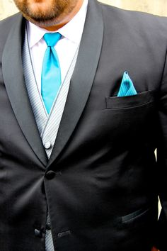 Silver & Teal Tux - Men's Warehouse Wedding - Groom - Kait Marie Photography (Wedding Photography) (Wedding Pose Ideas)