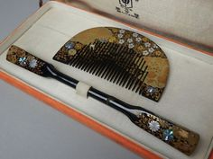 "10gm Japanese Lacquer Wood Makie Shell Inlay Set of Kanzashi Comb ""Kushi"" w Box | eBay"