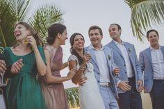 Amor - Wedding Beach Destination - Trancoso, Bahia. Bem Casados. Casamento romântico, rústico e animado na praia. Pé na areia. Cor predominante: branco. Rio da Barra. Decoração Amore Produções.