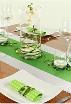 #Tischdeko grün, weiß und braun. Jetzt gleich die #Tischdekoration nachbasteln mit unserer tollen 360° Ansicht: http://www.trendmarkt24.de/dekoartikel.tischdeko.tischdeko-nach-farben.tischdeko-gruen.tischdeko-gruen-weiss.html#p