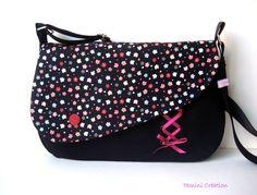Sac besace, sac à main femme tissu noir fleuri Flora : Sacs bandoulière par tamini