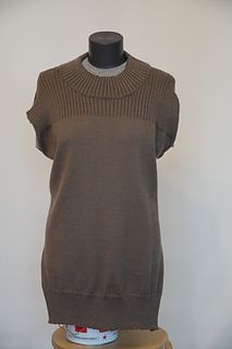 Tanyarzh's Women's vest Brown Note, Vest, Turtle Neck, Knitting, Sweaters, Fashion, Moda, Tricot, Fashion Styles