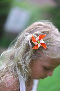 Mini pinwheel hair clip