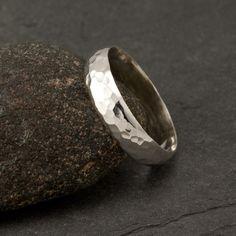 ?thumb ring
