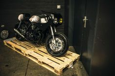 FLY LOW III - Photos by Zjerome Photography #motorcycles #caferacer #motos | caferacerpasion.com