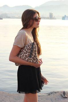 Glitter Sandals ( Sunglasses & T-Shirts )