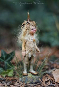 One of a kind miniature artdoll by Tatjana Raum dollhouse size Magic Creatures, Forest Creatures, Woodland Creatures, Fantasy Creatures, Baby Fairy, Love Fairy, Pixie, Kobold, Elves And Fairies