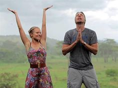 Kristen Bell and Dax Shepard share an adorable vacation video from Africa