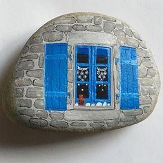 Peinture inspirée par une photo de @pcj_photographies_29 avec sa consentement : merci Pascale ! #painting #peinture #paintingstone #peinturegalet #stenenschilderen #rockpaintings #gouache #naiveart #artnaive #pebbles #galet #keien #fansdebretagne #miamorbihan #breizh #bretagne #brittany #france