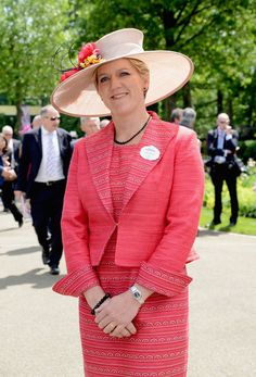 Clare Balding Photos - Presenter Clare Balding attends day one of Royal Ascot at Ascot Racecourse on June 2014 in Ascot, England. Clare Balding, Royal Ascot, January, Age, Style, Fashion, Swag, Moda, Stylus