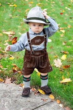 Hold your hats.it's Oktoberfest time! Precious Children, Beautiful Children, Beautiful Babies, Baby Kind, Baby Love, Little People, Little Boys, Cute Kids, Cute Babies