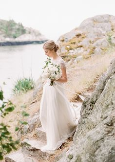 Marchesa wedding dress | photo by Gucio Photography | 100 Layer Cake