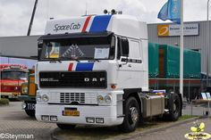 DAF 3300 Spacecab with the promotion colors of the DAF factory.