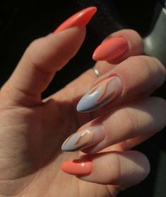 On average, the finger nails grow from 3 to millimeters per month. If it is difficult to change their growth rate, however, it is possible to cheat on their appearance and length through false nails. Nail Polish, Nail Manicure, Cute Acrylic Nails, Fun Nails, Glitter Nails, Latest Nail Art, Party Nails, Dream Nails, Super Nails