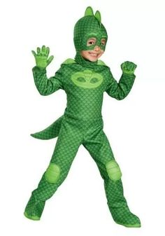 Just like Greg from PJ Masks, your child can take on the role of Gekko in the PJ Masks Gekko Classic Toddler Halloween Costume. Essential to the Gekko character, this full costume includes a green jumpsuit and matching hood and mask. Toddler Boy Costumes, Toddler Halloween Costumes, Halloween Kids, Trendy Halloween, Pj Masks Costume, Up Costumes, Costume Ideas, Tiger Costume, Popular Costumes