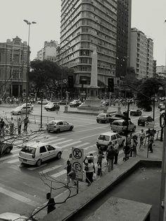 belo horizonte/ MG - Praça sete- brazil [by @Paula manc Ribeiro].
