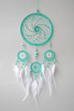 Dream Catcher Dreamcatcher Boho HippieTurqoise Auqamarine Wall Hanging Chic Wedding Decor Bohemian Nursery Baby Shower Native American Decoration ✪ DREAMCATCHER MINTY BREEZE Medium size dream catcher in tender aquamarine and white hues. Wall hanging will Dream Catcher Decor, Dream Catcher Boho, Dream Catcher Patterns, Bohemian Wedding Decorations, Bohemian Decor, Boho Chic, Gifts For Newborn Girl, Beautiful Dream Catchers, Hippie Stil
