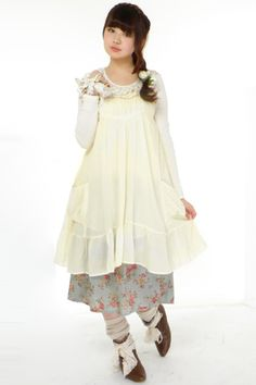 Mori girl, these are the cutest most comfy looking clothes. Would love to go to Japan.