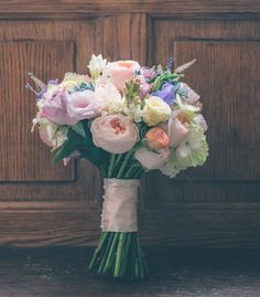 Screen shot from a wedding album on the Cotswold site - LOVE this bouquet.