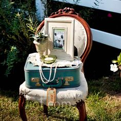 Vintage Wedding Decor Vignette - vintage suitcase, pearls and an old chair. So timeless. Vintage Suitcases, Vintage Luggage, Vintage Chairs, Wedding Furniture, Style Vintage, Vintage Theme, 1920 Style, Vintage Props, Vintage Display