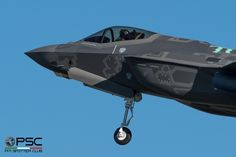 https://flic.kr/p/NwaWse   DSC_2641_1   Italian Air Force Lockheed Martin F-35A Lightning II, s/n MM7357, tail 32-07 (AL-7)