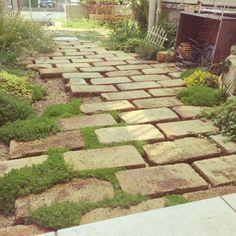 Lanscape Design, Garden Paths, Stepping Stones, Porch, Exterior, Landscape, Outdoor Decor, Green, Gardening